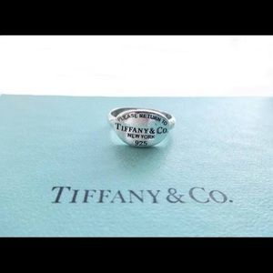 Return to Tiffany Ring size 5.5-6
